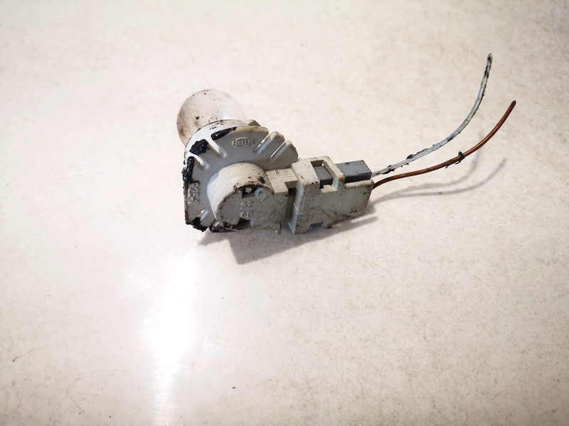 Front Indicator Bulb Holder Audi A6 1996    0.0 443971996