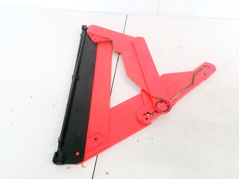 Warning Triangle Integrated into Trunk Audi A6 2008    1.6 4B5860251B
