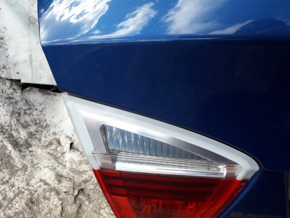 Galinio Dangcio zibintas G.K. (kapoto) BMW 3-Series 2006    2.0 USED