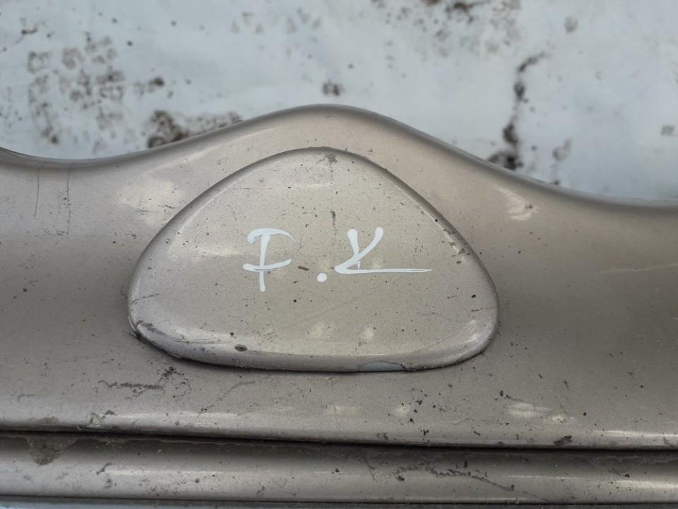 Zibintu apiplovimo dangtelis (xenon zibinto apiplovimo dangtelis) P.K. Mercedes-Benz C-CLASS 2000    2.2 USED