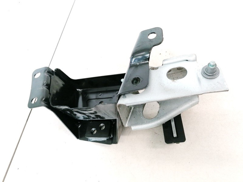 Other holders Volkswagen Touareg 2005    2.5 7L6885154A