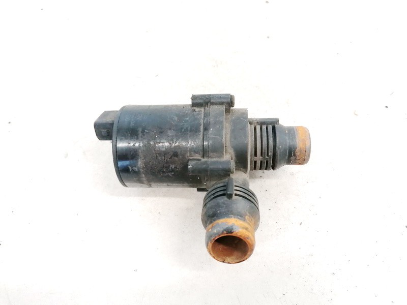 Papildomas elektrinis vandens siurbliukas (Vandens cirkuliacinis siurblys) BMW 5-Series 2008    0.0 6421691770004