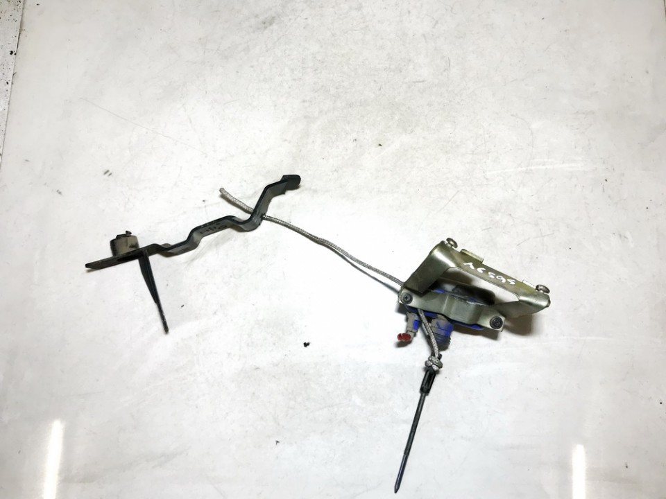 Duru uzrakto vakuumine pompele Volkswagen Polo 1997    1.9 6k6962270