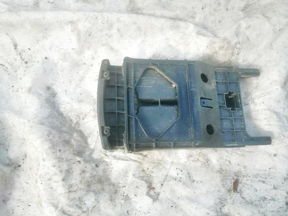 Puodeliu laikiklis Nissan X-Trail 2005    2.2 used