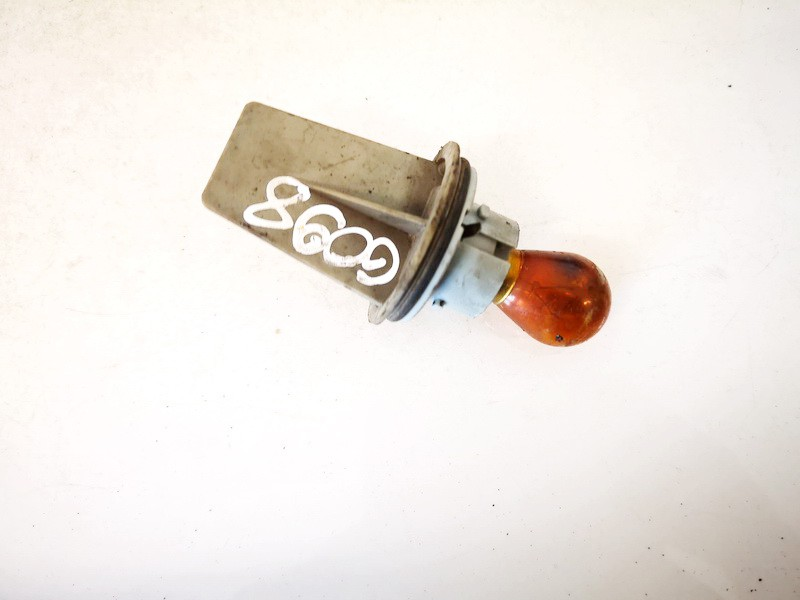 Front Indicator Bulb Holder Skoda Fabia 2001    1.4 used