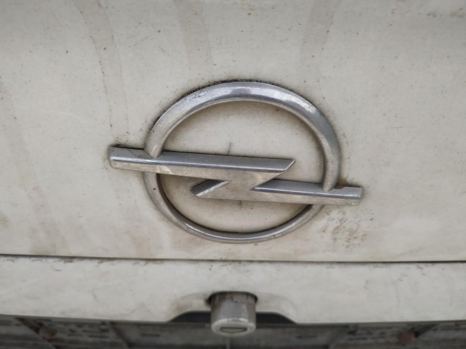 Galinis zenkliukas (Emblema) Opel Astra 2001    1.7 USED