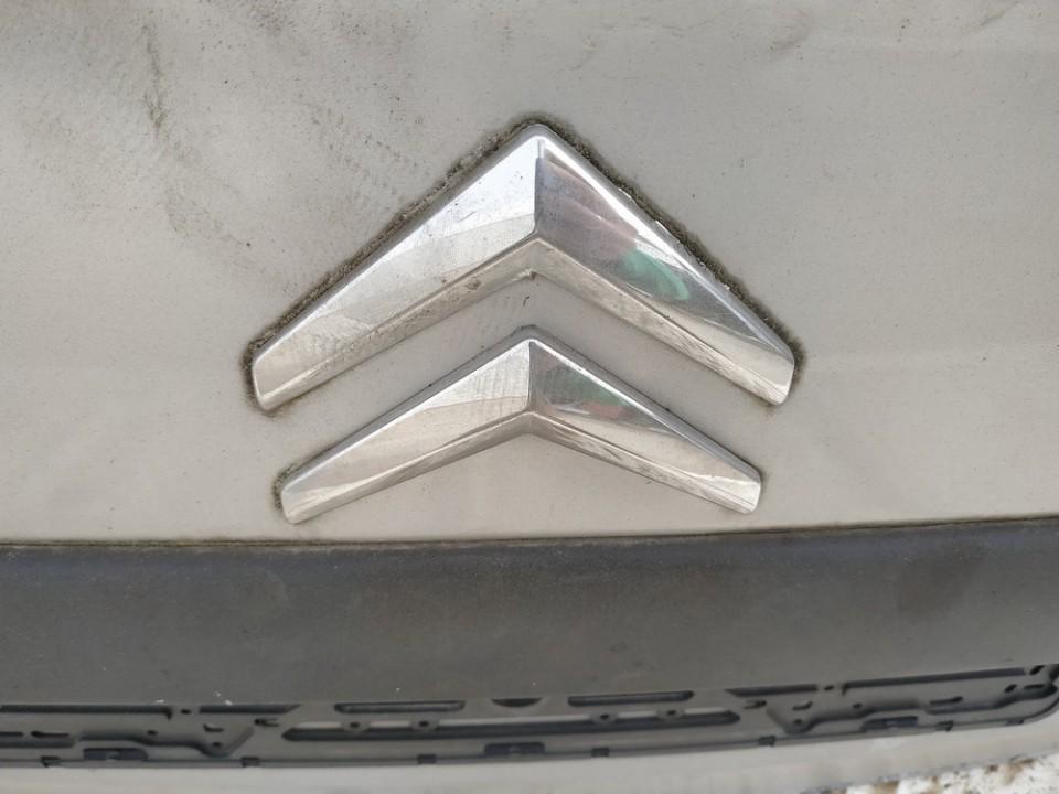 Galinis zenkliukas (Emblema) Citroen Xsara Picasso 2003    2.0 USED