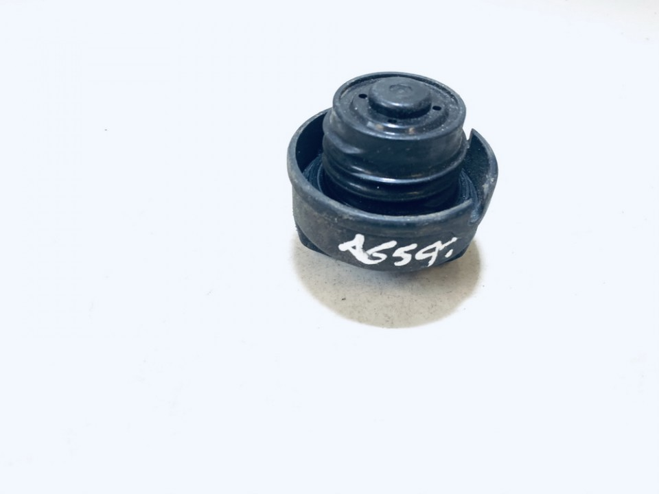 used used Fuel Tank Cap Volkswagen Polo 1997 1.9L 5EUR EIS01176452