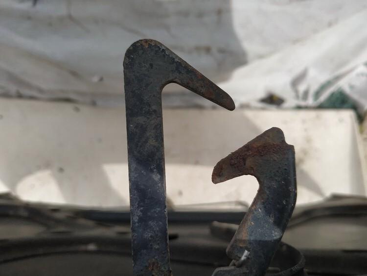 USED USED Hood Lock - Hood Latch Audi 80 1987 1.8L 9EUR EIS01176458