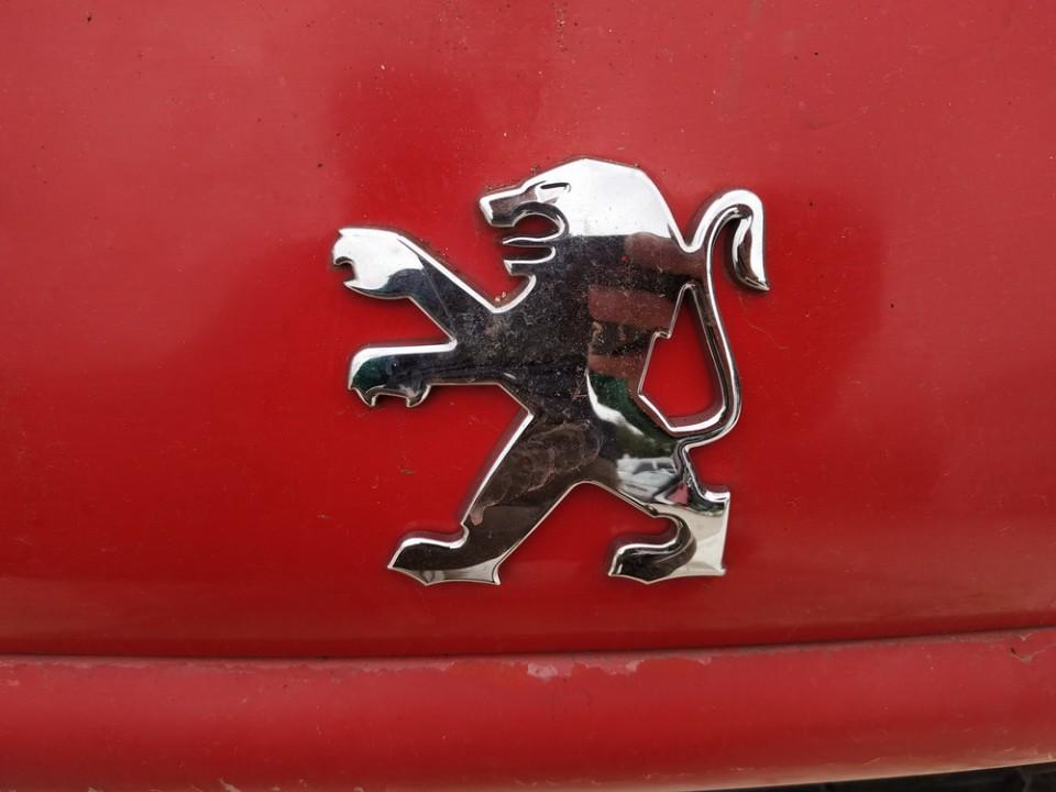 Galinis zenkliukas (Emblema) Peugeot 206 2003    1.7 used