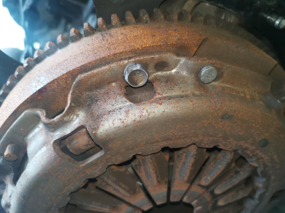 Sankabos komplektas Toyota Corolla Verso 2004    2.0 used
