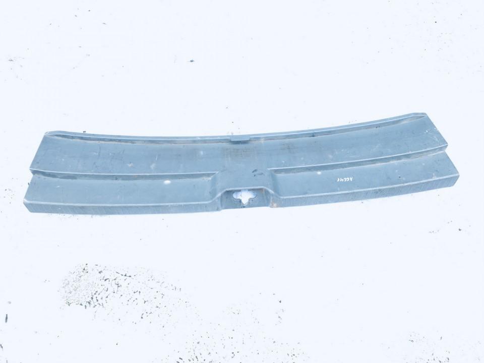 Bagazines vidine apdaila prie spynos Toyota Avensis Verso 2002    2.0 6793544030