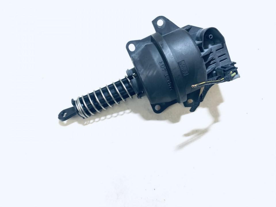 Vakuumo voztuvas Opel Vectra 1997    2.0 652869l