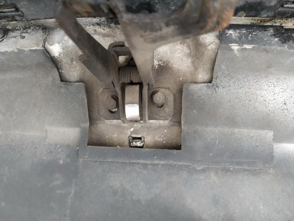 Kapoto atidarymo rankenele Audi 80 1993    1.9 used