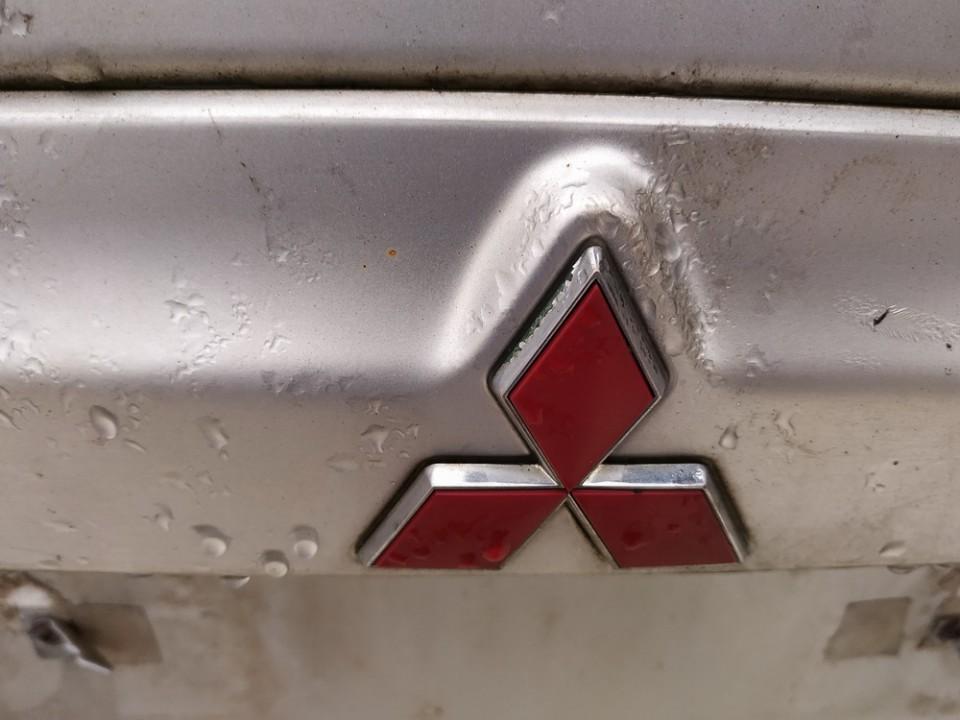 Galinis zenkliukas (Emblema) Mitsubishi Space Star 2002    1.9 used