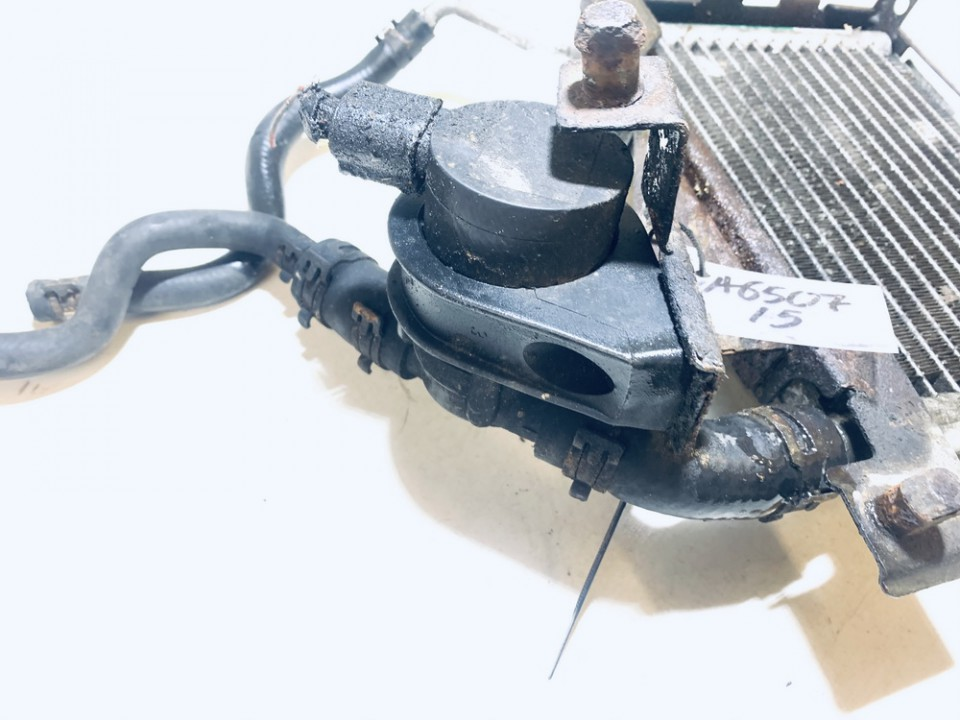Papildomas elektrinis vandens siurbliukas (Vandens cirkuliacinis siurblys) Volkswagen Passat 1999    1.9 078121601