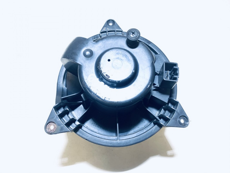 Salono ventiliatorius Ford Focus 2000    2.0 xs4h18456ad