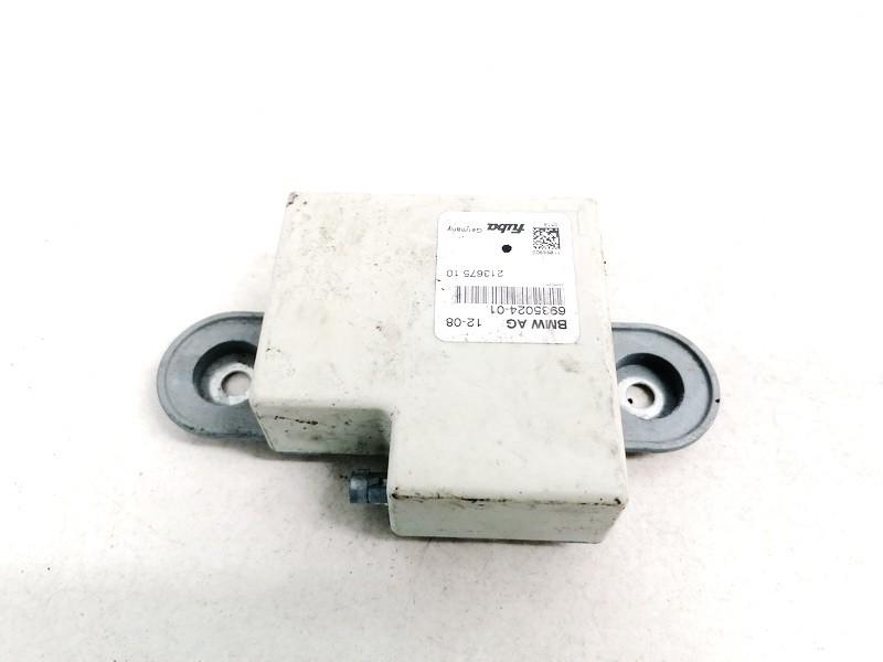 Antenos blokelis BMW 3-Series 2001    0.0 693502401