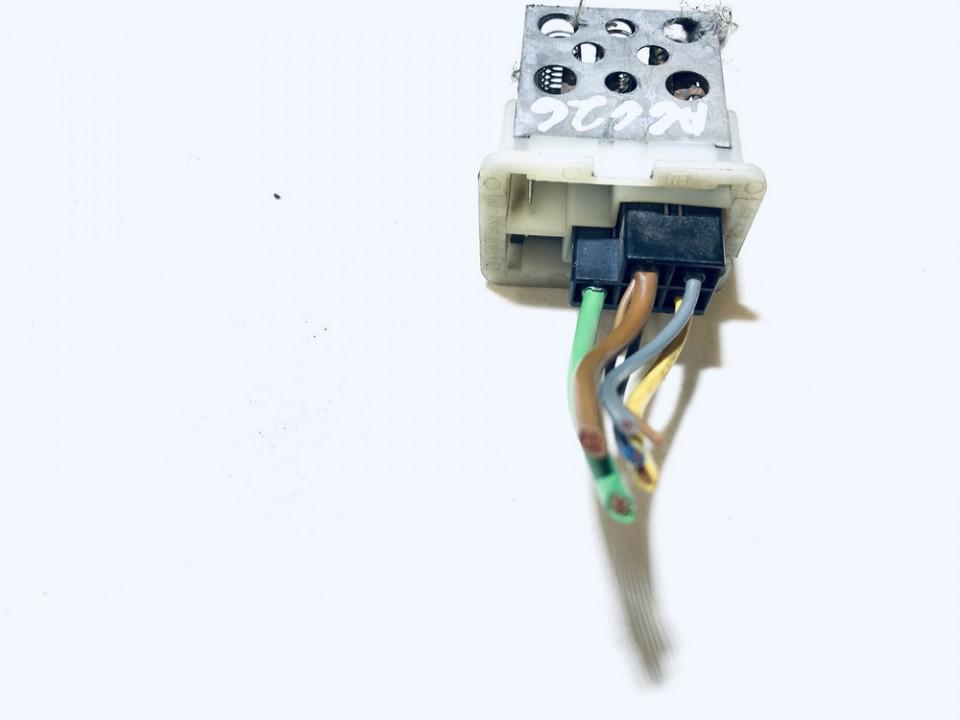 Peciuko reostatas (ezys) (ventiliatoriaus rele) Opel Astra 1998    2.0 used