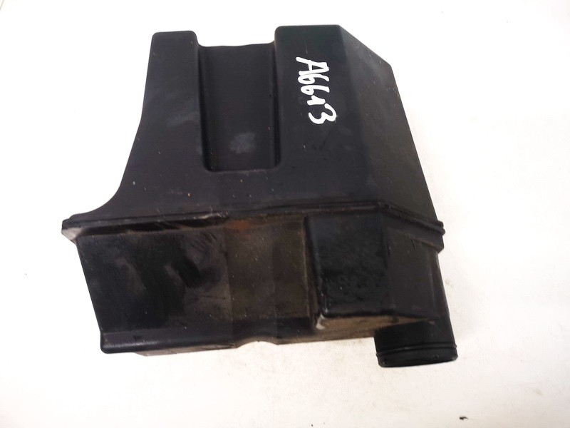 Isiurbimo rezonatorius Rover 200-Series 1999    1.4 used