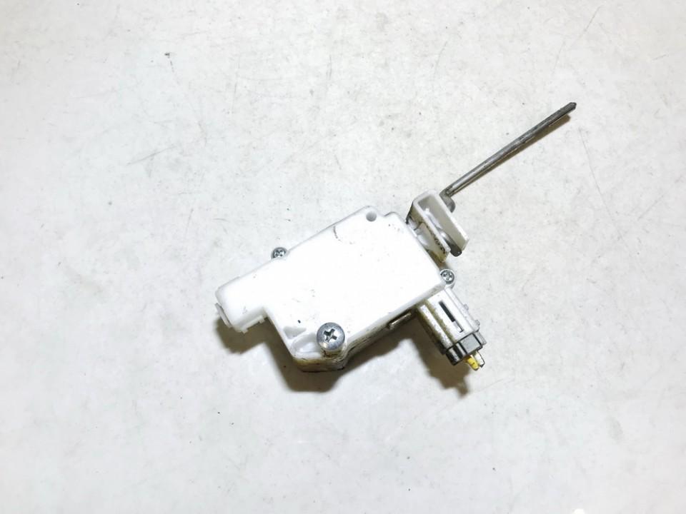 Centrinio duru uzrakto varikliukas Honda Jazz 2006    1.2 used