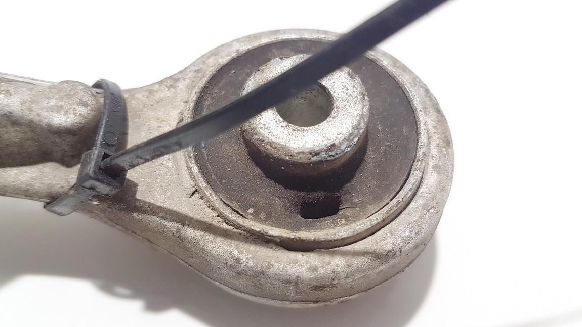 Virsutine sake P.D. Volkswagen Passat 1998    1.9 used