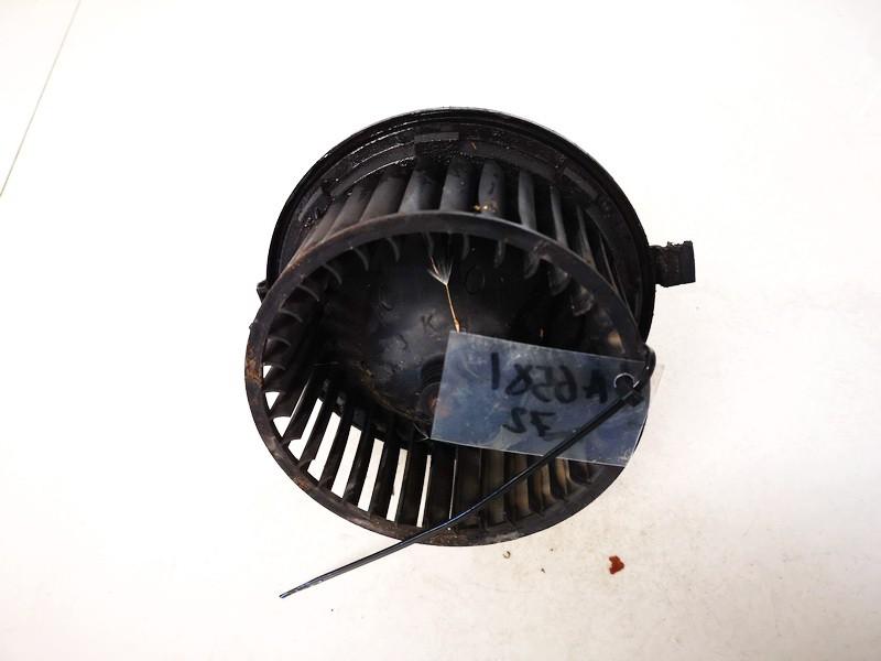 Salono ventiliatorius Volkswagen Golf 1991    1.6 191819021