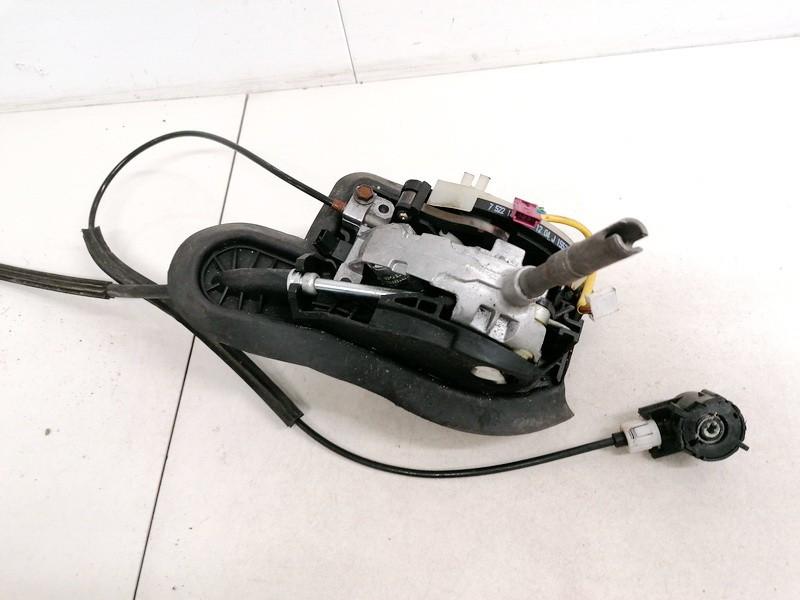 Begiu perjungimo kulisa automatine BMW 5-Series 2005    0.0 752214401