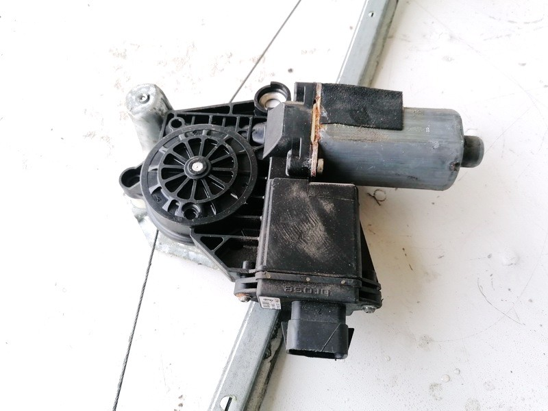 Duru lango pakelejo varikliukas G.D. Opel Astra 1998    2.0 05074401