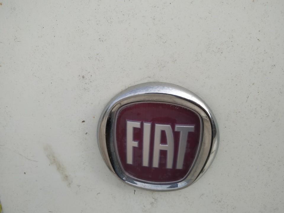 Galinis zenkliukas (Emblema) Fiat Doblo 2007    1.3 used