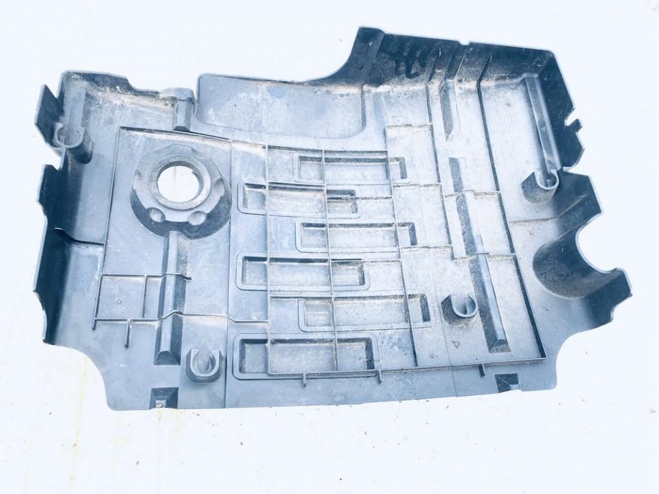 Variklio dekoratyvine apsauga Land-Rover Discovery 2005    2.7 lbh000182