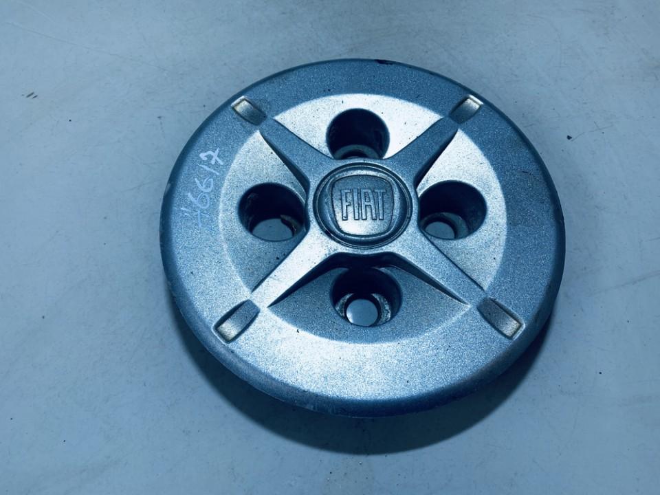 Center Cap (Cao assy-wheel hub) Fiat Doblo 2007    1.3 0517687870e