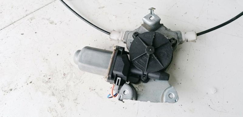 Duru lango pakelejo varikliukas G.D. Nissan Primera 2003    1.9 400600T7