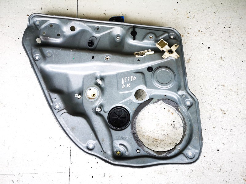 Duru lango pakelejas G.K. Volkswagen Golf 2000    1.9 1j4839729g