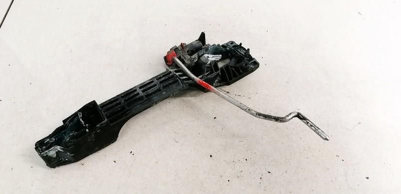 Duru isorine rankenele P.D. Toyota Avensis 2006    2.2 242302