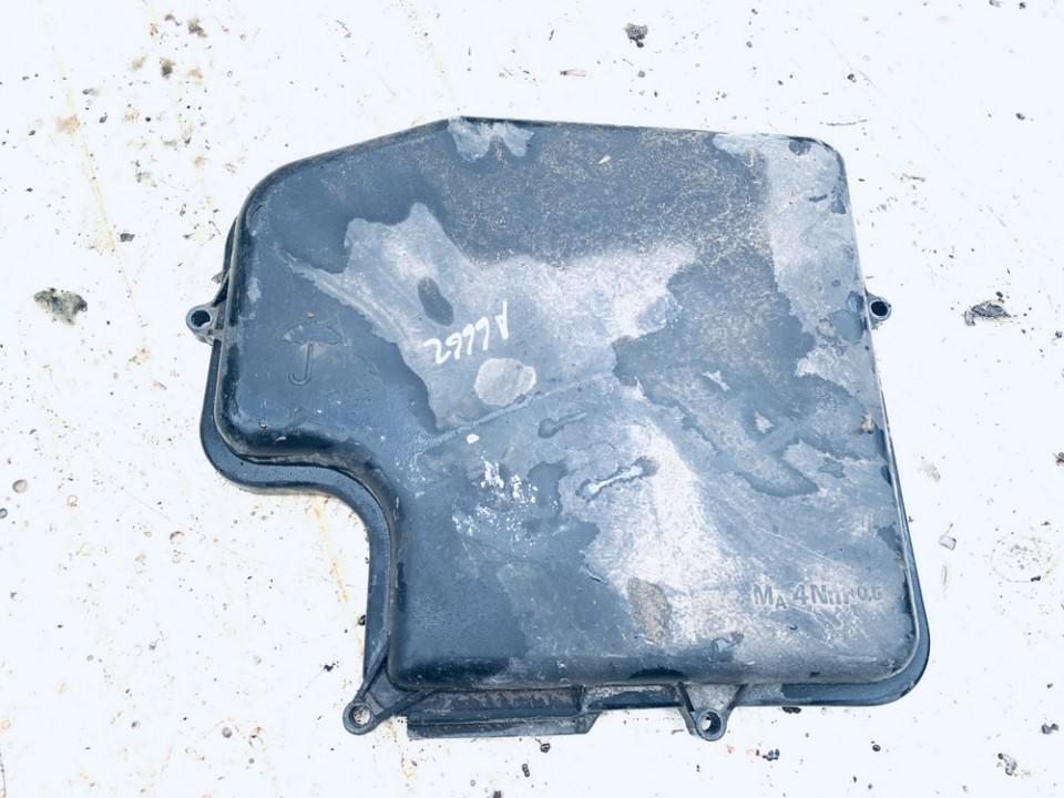 Saugikliu deze Audi A6 2002    2.5 4b1907613