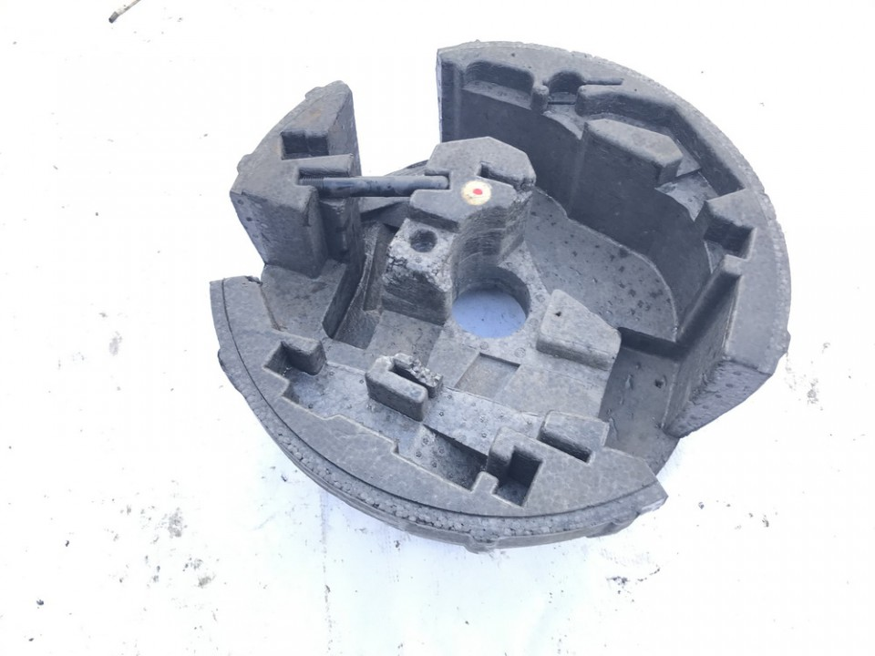 Irankiu komplektas Audi A6 2002    2.5 4b5012109