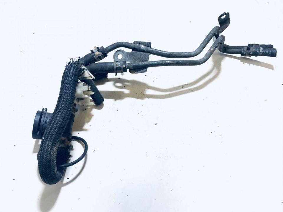 Kuro vamzdelis Volkswagen Passat 2006    2.0 038906081b