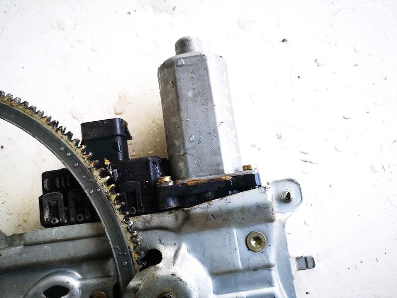 Duru lango pakelejo varikliukas P.K. Opel Astra 1999    2.0 90521881