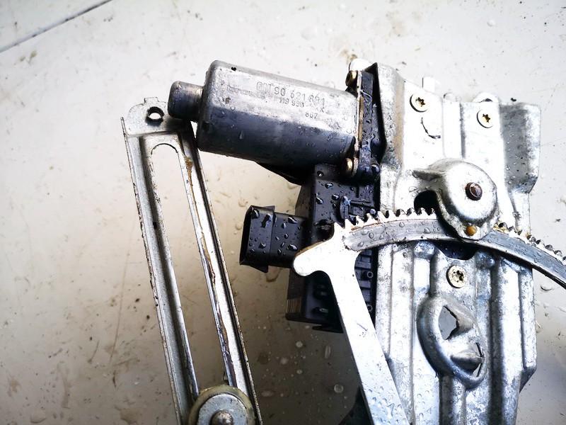 Duru lango pakelejo varikliukas P.K. Opel Astra 1998    2.0 90521881