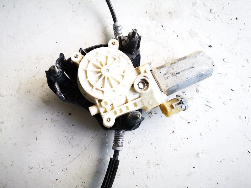 Duru lango pakelejo varikliukas P.K. Renault Clio 2005    1.2 0130822020