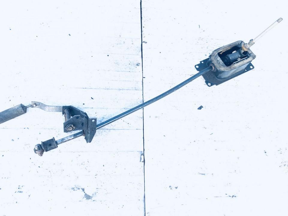 Begiu perjungimo kulisa mechanine Volkswagen Golf 1992    1.8 1H0711091