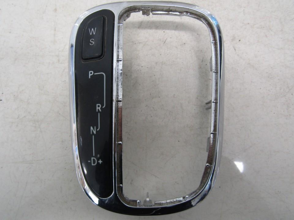 Kiti mygtukai Mercedes-Benz C-CLASS 2002    2.7 E039114000