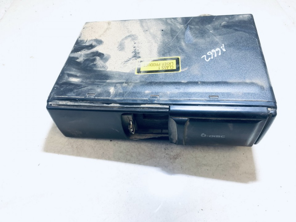 CD changers Audi A6 2002    2.5 used