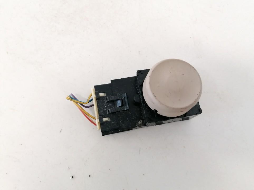 Sedynes kontroles mygtukas Opel Insignia 2010    0.0 13285105