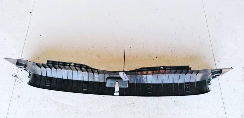 Bagazines vidine apdaila prie spynos BMW 3-Series 2003    2.0 51478208379