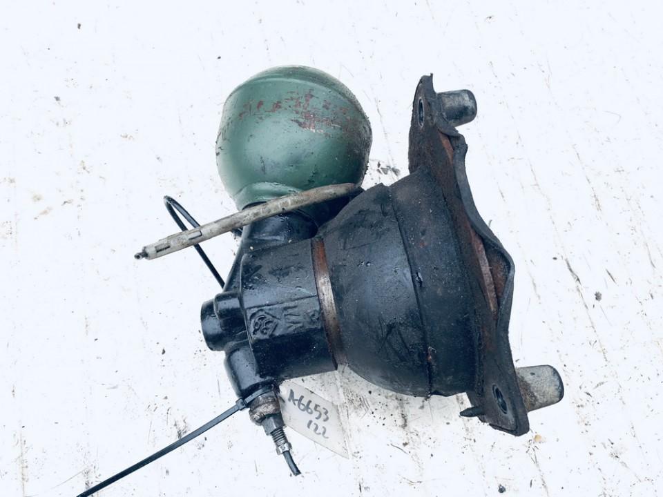 Kriause (slegio kaupiklis) P.D.  Citroen Xantia 1996    1.9 used