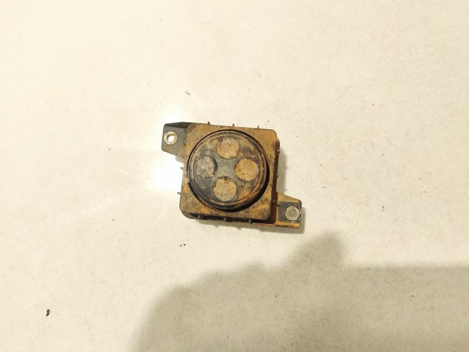 Sedynes kontroles mygtukas Audi A6 1999    0.0 8L0959777A