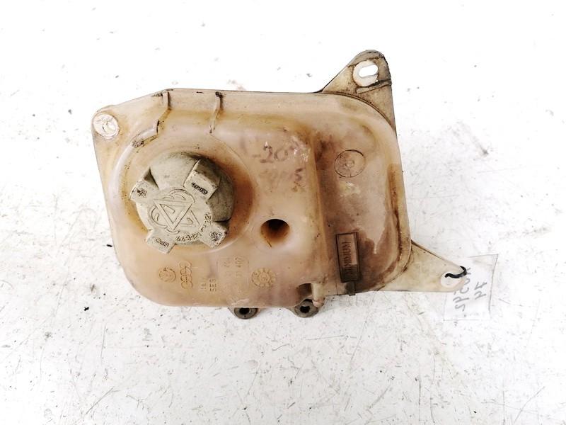 Tosolo bakelis (issipletimo ausinimo skyscio bakelis) Audi  80