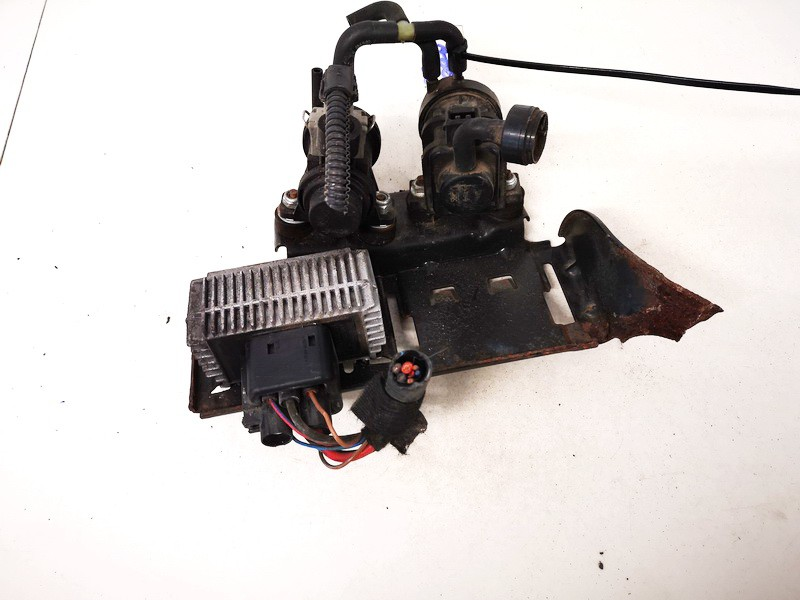 Glow plug relay Opel Astra 2000    2.0 09132691